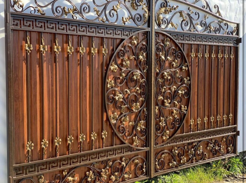 Металлические ворота, калитки