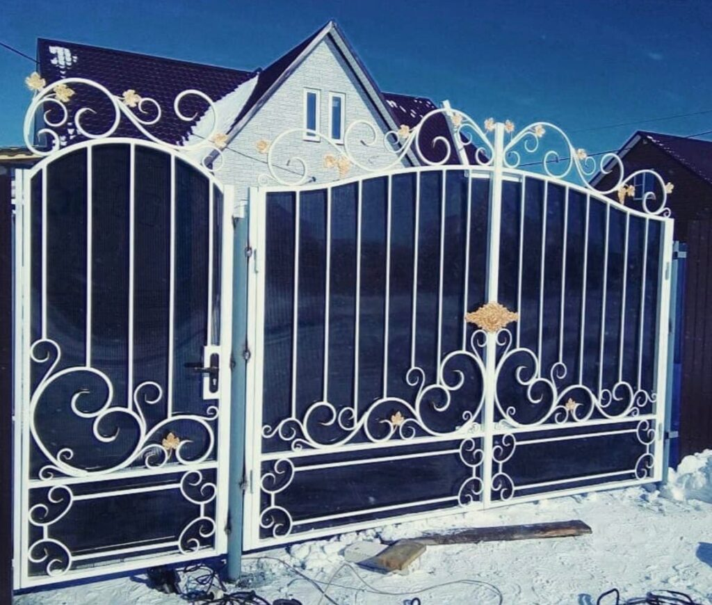 Металлические ворота и калитки в Сибае и Баймаке. Заборы. Рассрочка