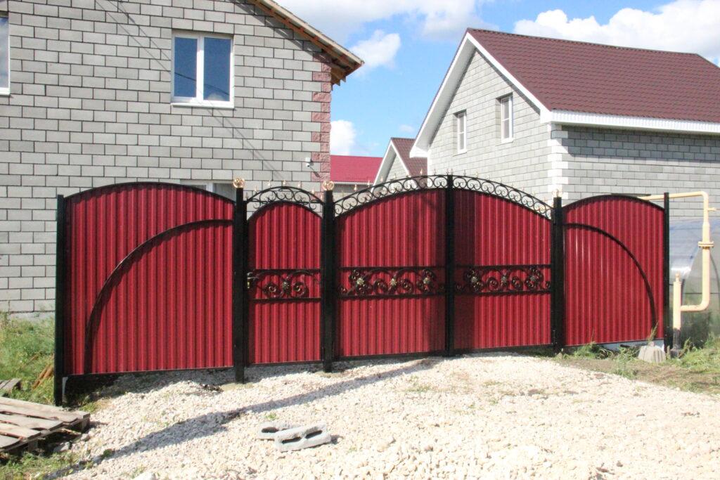 Заказать металлические ворота в Чесме и Чесменском районе. Возможна рассрочка